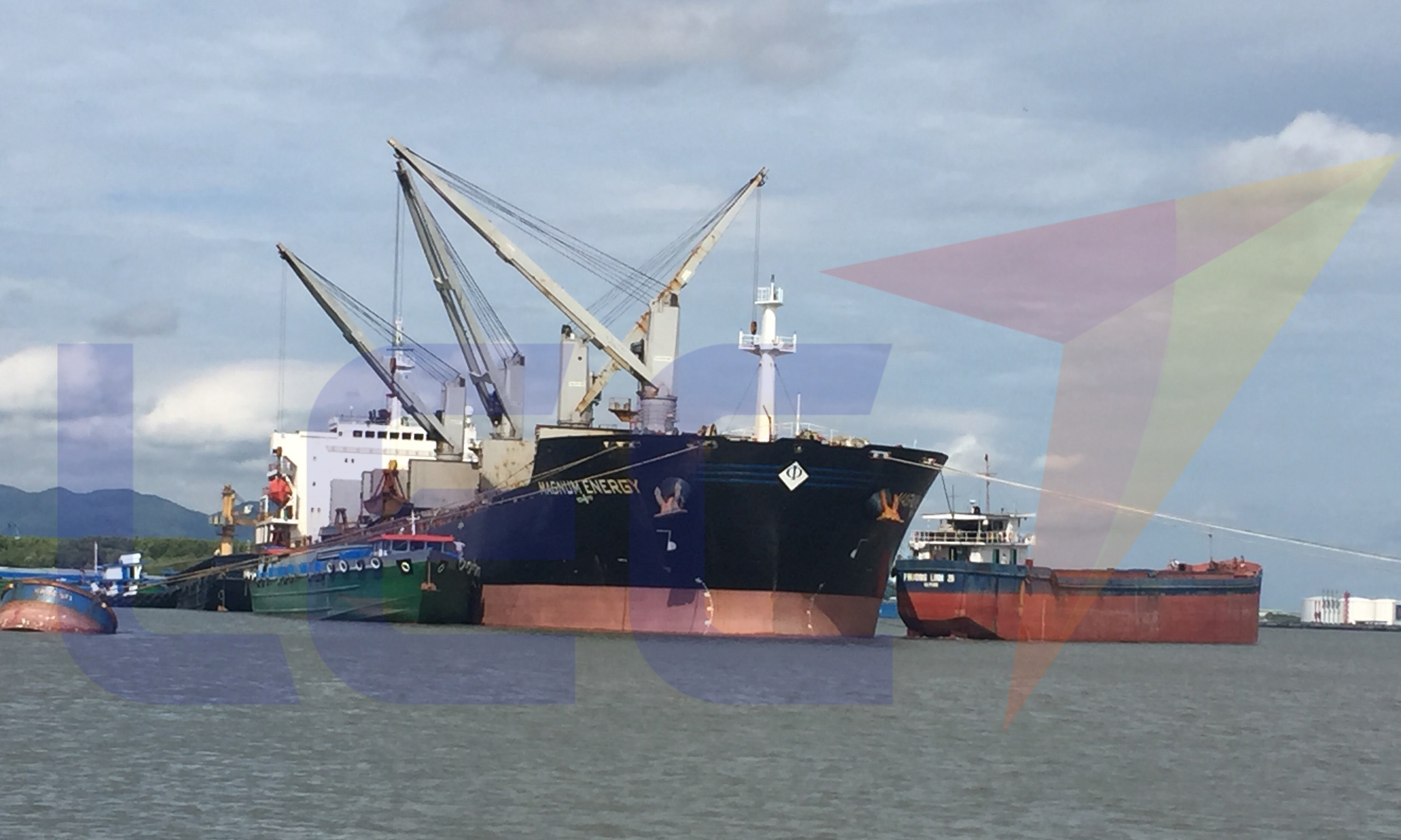 Conditions of loading and unloading goods in the charter ship charter